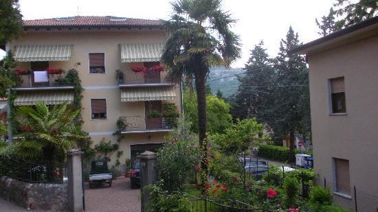 Pieve, Italy: Auch Palmen wachsenin dieser Gegend