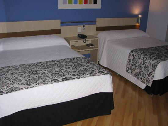 Viale Cataratas Hotel: Room