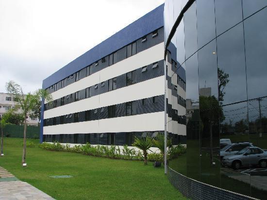 Viale Cataratas Hotel: Building