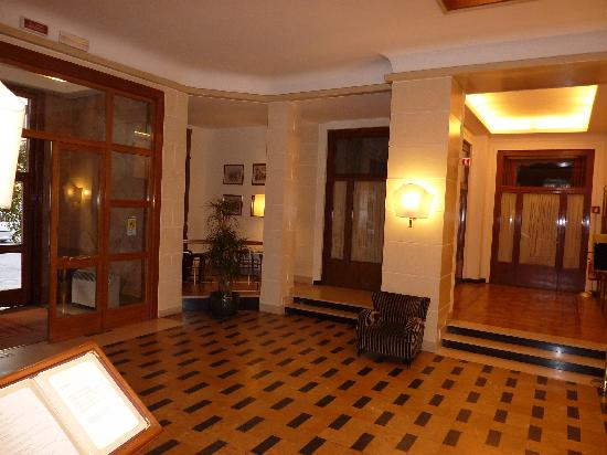 โรงแรมเบตโตคา แอตลานติโก: Hotel lobby