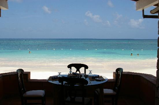 Pineapple Beach Club Antigua: Nice place to have dinner and breakfast!