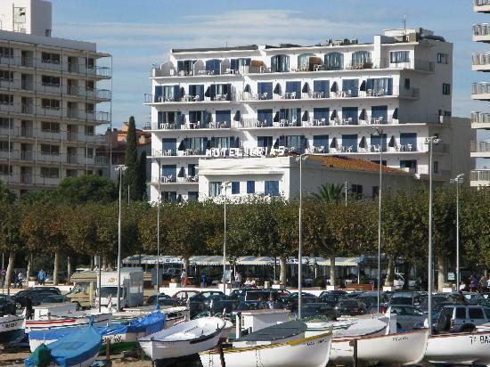 hotel marina palamos: