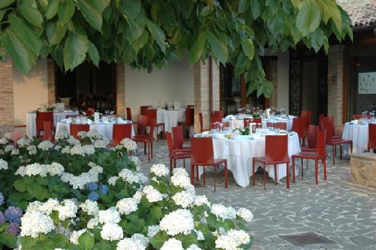 Castelraimondo, Italia: Il patio