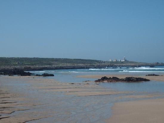 Corrubedo, Hiszpania: Playa de Balieiros al lado del Restaurante Balieiros