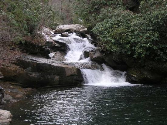 Южная Каролина: Thopson River Falls at Lake Jocassee SC