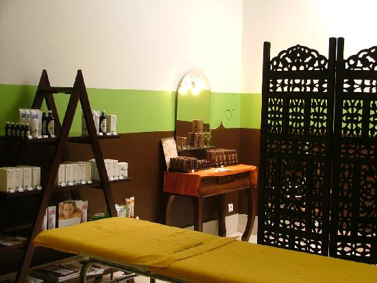 salon de massage naturiste Auvergne-Rhône-Alpes