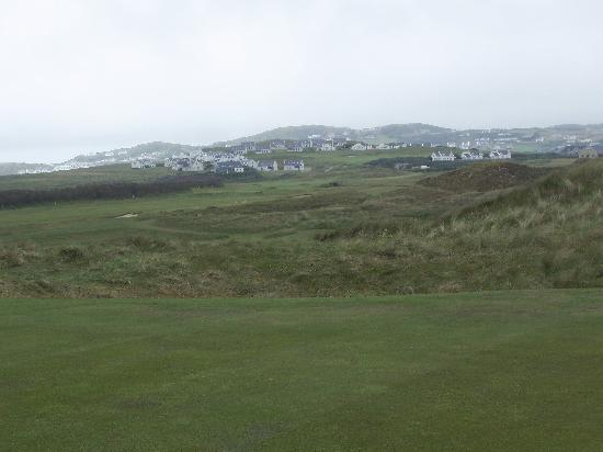 Rosapenna Golf Links: Town from the course