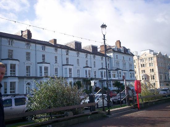 Bay Marine Hotel: marine hotel