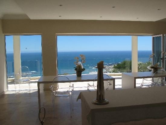 Atlantic Suites Camps Bay: View out from breakfast