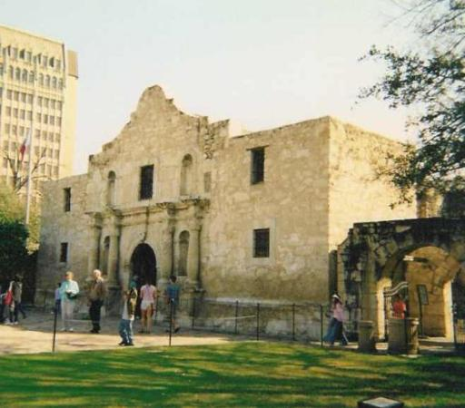 Haunted Abandoned Places In San Antonio: The Haunted Hotel Next To The Alamo