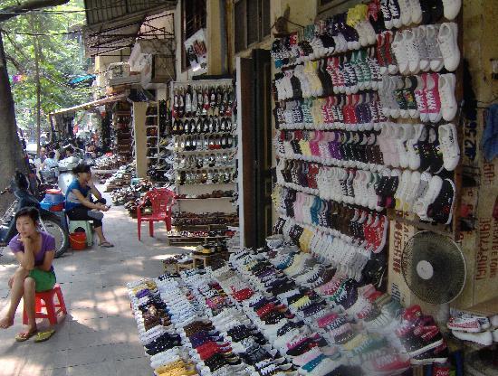 Hanoï, Vietnam : Rue ds chaussures