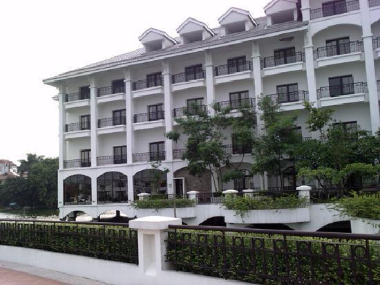 โรงแรมอินเตอร์คอนติเนนตัลฮานอยเวสเลค: Main block