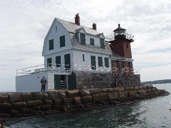 Ledges By the Bay: Rockland Lighthouse; nearby