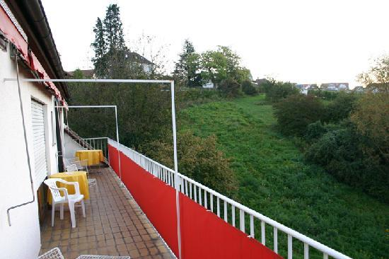 Hotel-Pension Rothmund : the room's balcony