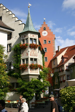 Hotel-Pension Rothmund : Meersburg market place