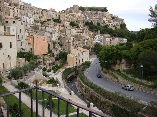 Hotel Palazzo degli Archi: view of the town from the balcony in our room
