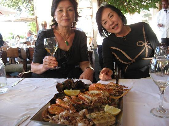 La Perla : mixed seafood for one - very generous