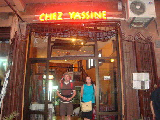 Chez Yassine: Leaving after a great meal!
