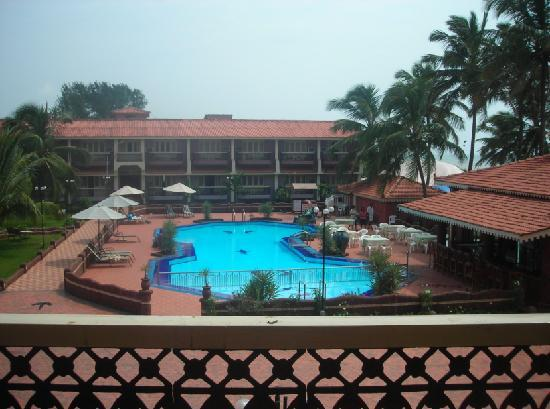 Hotel Goan Heritage: Pool View from our Room