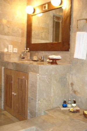 Wapa di Ume Resort and Spa: Baño
