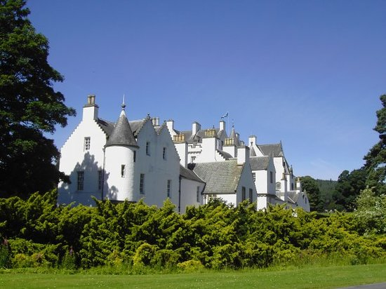 Blair Castle and Hercules Gardens: Blair Castle, Schottland