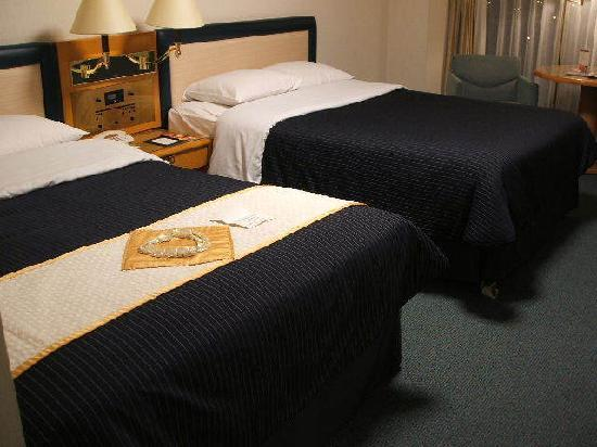 Sheraton Grande Tokyo Bay Hotel: 結婚記念日用のベッドメイキングです
