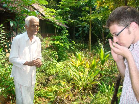 Pooppallys Heritage Home: Joseph give a tour of his spice garden