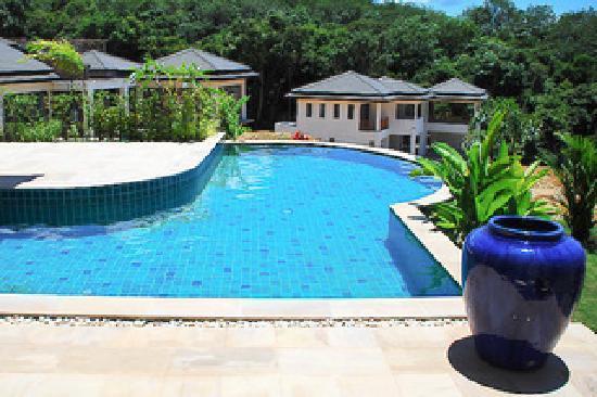 Thara Heights Villa Resort : Private Villa Pool