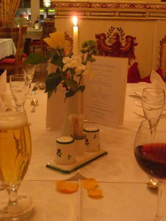 Landhotel Maria Theresia: Dinner table