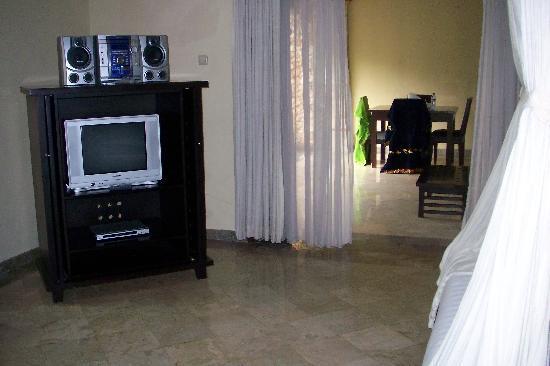 The Club Villas : tv