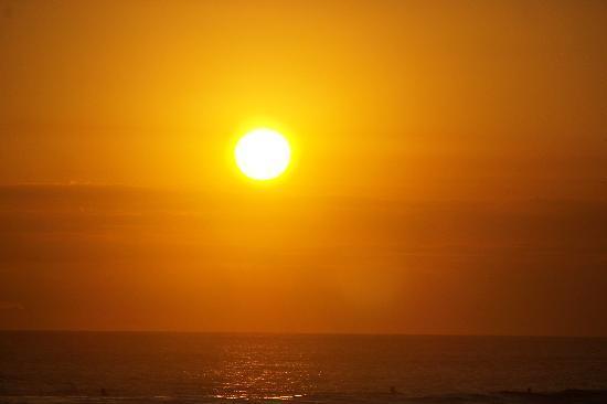 The Club Villas : coucher de soleil plage