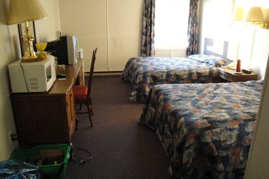Interior of the Gillam motor inn room 121