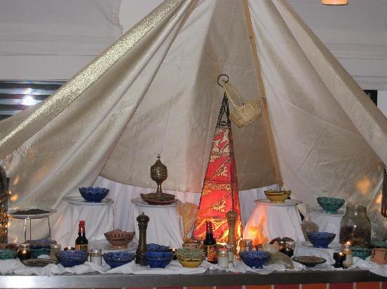 Royal Decameron Tafoukt Beach Hotel : c'est la fête marocaine au resto