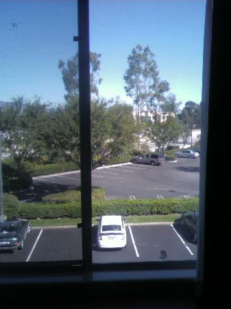 Fairfield Inn Ontario: View - no frills (this is the 10 Freeway)