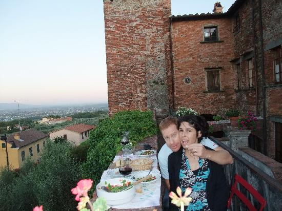 Antica Casa Naldi: LUNCH ON THE TERRACE - GREAT VIEW