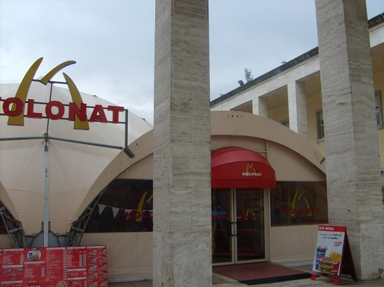 Kolonat: The fake McDonalds - much nicer than the real thing, and with clean loos too!
