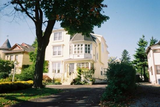 Bilde fra Bedham Hall Bed and Breakfast