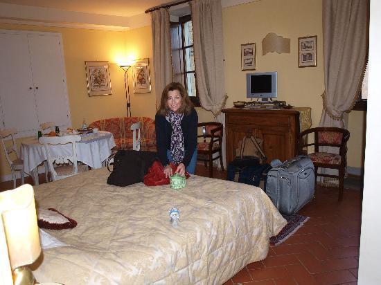 La Casa del Garbo: front bedroom - Michelangelo