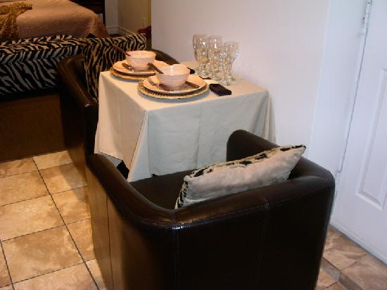 Hotel Kutuma: dining area