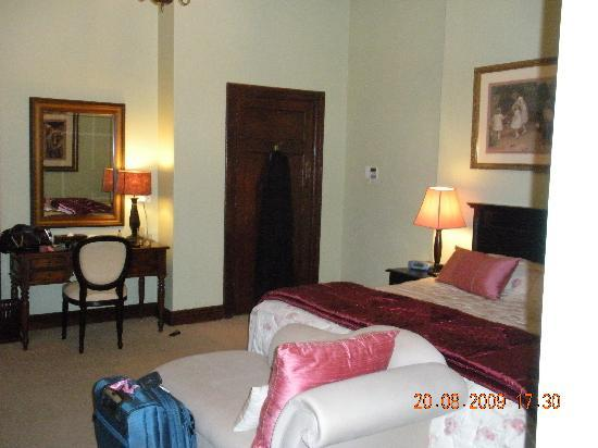 African Pride Audacia Manor Boutique Hotel: Bedroom on the second stay