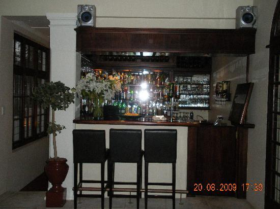 African Pride Audacia Manor : The Bar