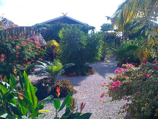 Bamboo Bali Bonaire Resort: Entrance