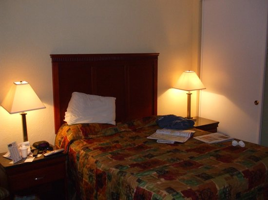 Hotel V Photo