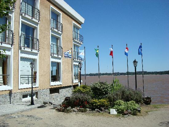 Radisson Colonia del Sacramento Hotel: Hotel entrance