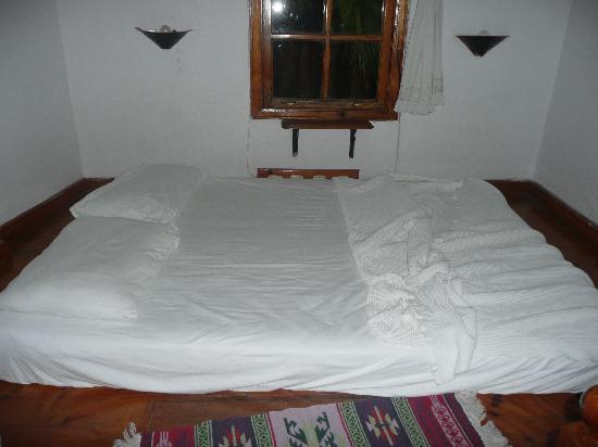 Mavi & Ani Pansiyon: la chambre...