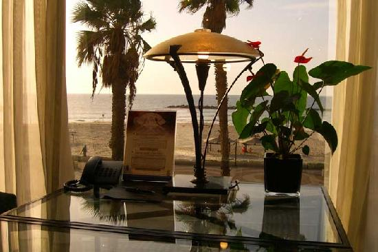 Dan Tel Aviv Hotel : King David Crown Lounge