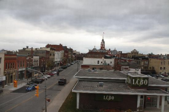 The Parlour Inn: View from window. (Liquor store across street.)