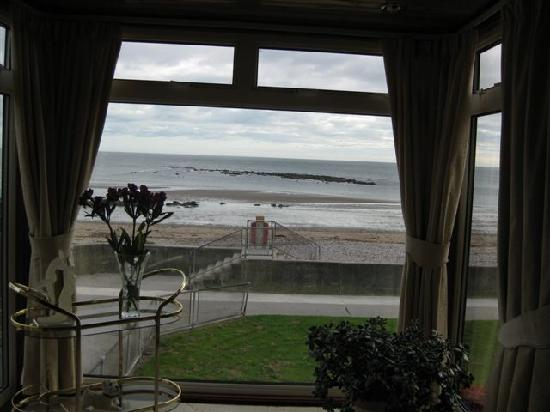 Beachgate Guest House: The breakfast view
