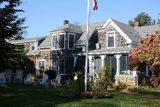 Honeysuckle Hill: B&B