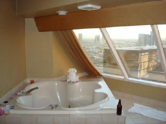 Luxor Spa Suite Las Vegas